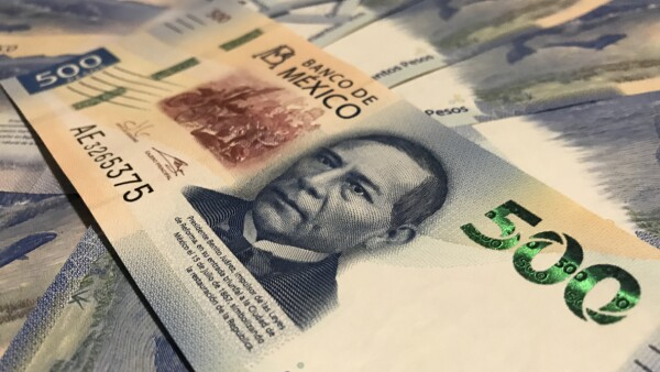 New five hundred mexican pesos bill
