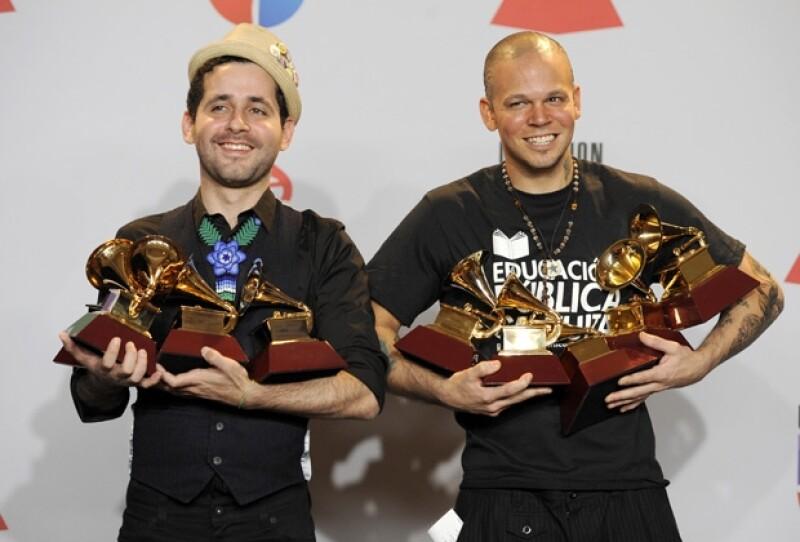 Calle 13 fueron los más premiados de la noche, al acumular 9 Latin Grammy.