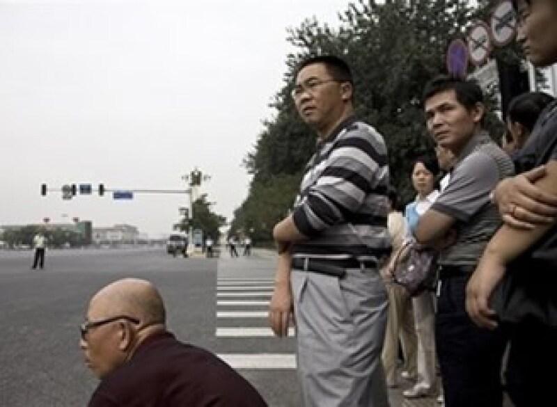 Tarjetas de crédito adquieren popularidad entre jóvenes chinos (Foto: AP)