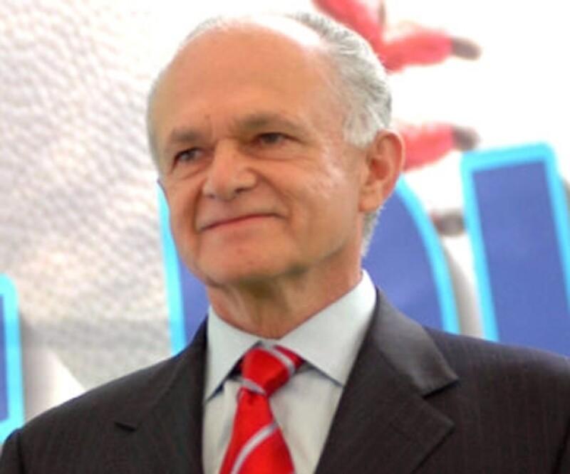 El empresario mexicano adquirió una participación accionaria en Los Padres de San Diego, también es propietario de los Guerreros de Oaxaca y los Diablos Rojos del México.