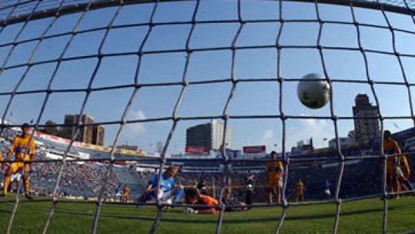 El futbol mexicano ya ha sido relacionado en años anteriores con el narcotráfico. (Foto: AP)