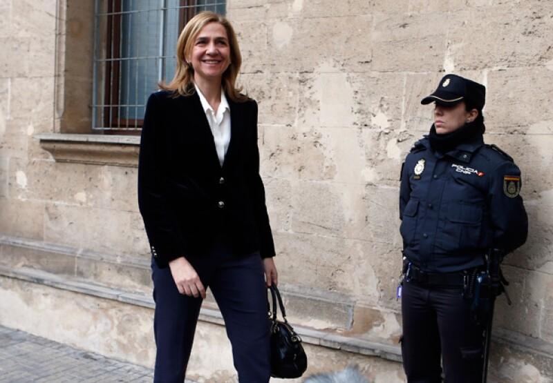 La infanta Cristina está acusada de delitos fiscales cometidos en colaboración con su esposo.