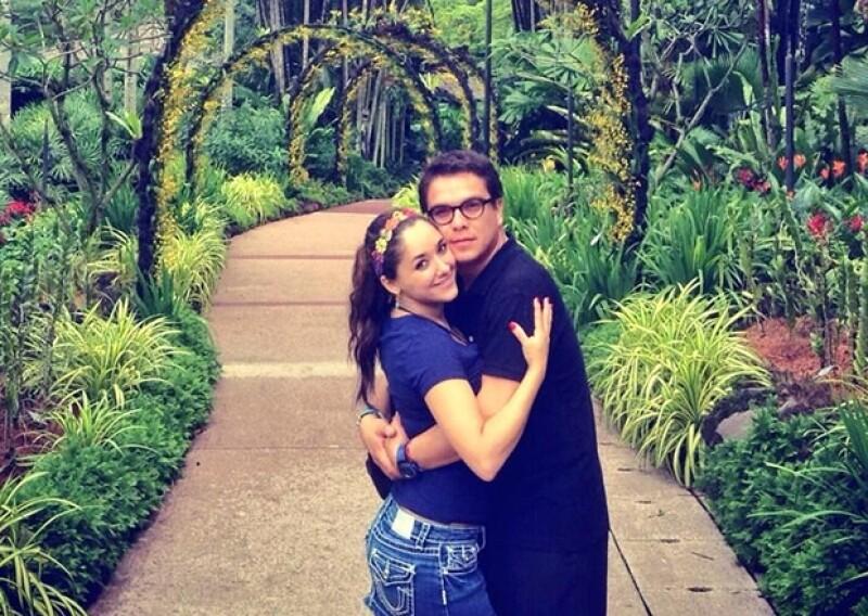 Sherlyn y Gerardo Islas viven vacaciones de ensueño por emblemáticos países Asiáticos. Aquí en Singapur.