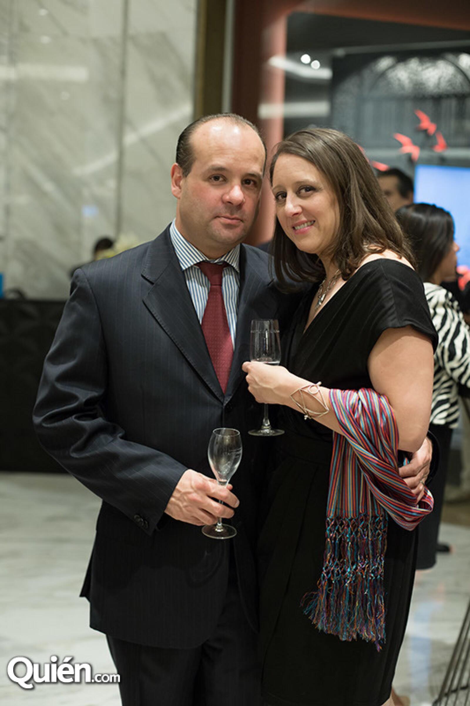 Gabriel Pérez Lomelí y Gabriela Marín