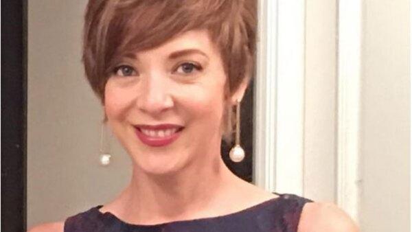 Luego de anunciar que había sido intervenida quirúrgicamente por tumores cancerígenos, la actriz se muestra entusiasta y presume nuevo corte de pelo.