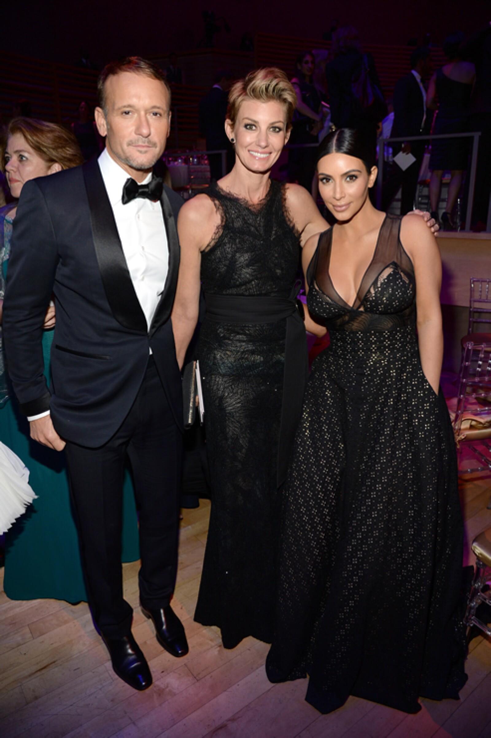 Tim McGraw, Faith Hill y Kim Kardashian.
