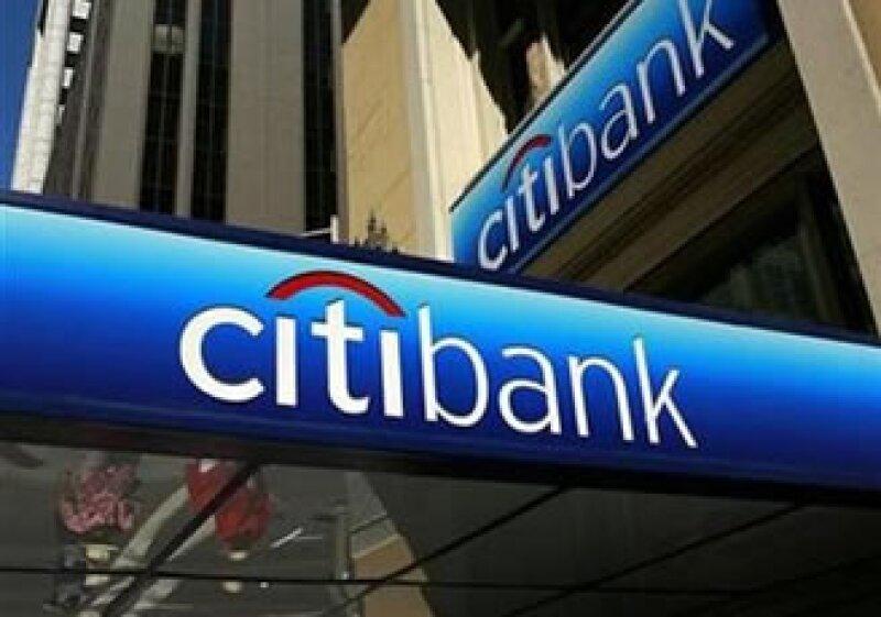 El banco también espera completar su intercambio con el Gobierno de EU (Foto: Reuters)