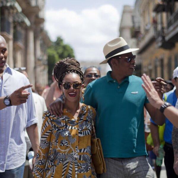 Aunque la pareja no dio declaraciones sobre el motivo de su viaje, varios medios aseguraron que se trataba de un festejo de aniversario y es que la pequeña Blue Ivy no apareció en ninguna fotografía.