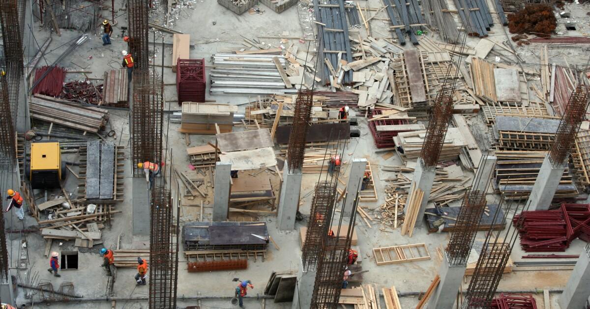 Las empresas constructoras se sienten desplazadas en infraestructura pública