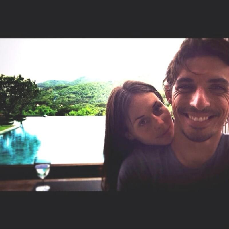 La pareja de actores vive una luna de miel anticipada en varios destinos asiáticos después de terminar sus respectivos proyectos en televisión.