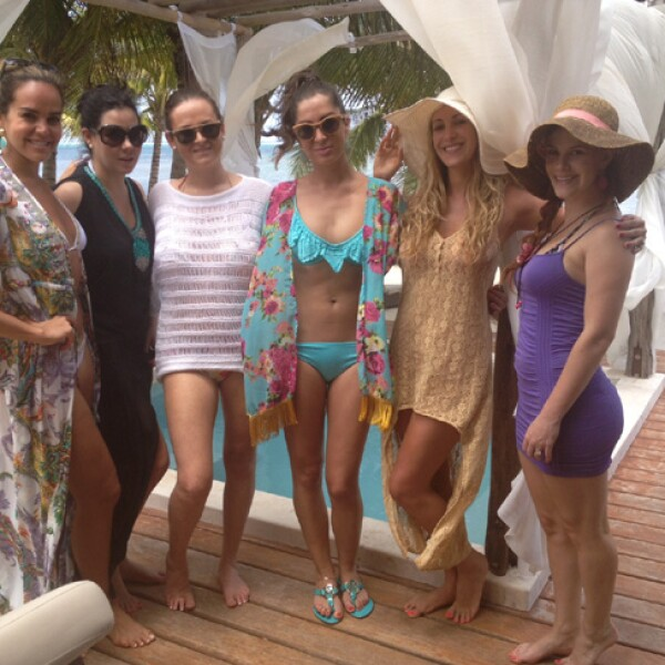 Shapi compartió una de sus despedidas con sus amigas Oriela Medellín, Nuria Barandela, Eugenia de la Vega, Kitzia Mitre y Pamela Jean.