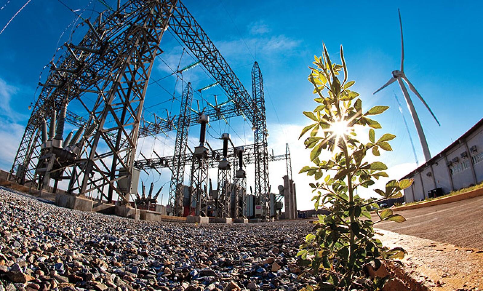 En mayo de 2010, se inauguró en Juchitán, Oaxaca este paruqe que abastece 78% de la energía para 348 unidades de negocio.