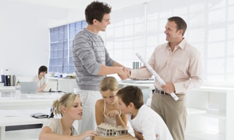 Ante todo evita perder la armonía emocional de tu familia, eso tiene un impacto directo en tu negocio. (Foto: Thinkstock)