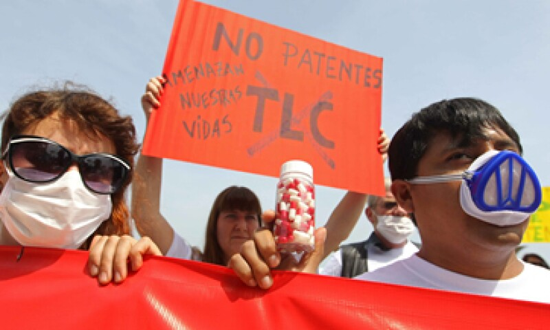 Los manifestantes acusan secretismo en  la realización del encuentro ministerial. (Foto: EFE)
