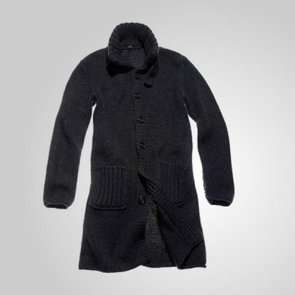 Para ellas, este abrigo de corte largo puede ser ideal para esa última reunión familiar de 2011.
