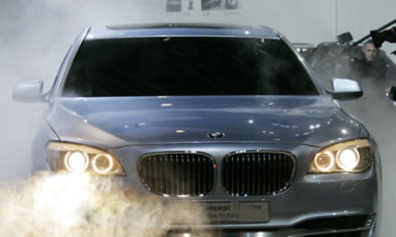 Los carros tienen botón de arranque de motor y controles electrónicos de transmisión.  (Foto: AP)