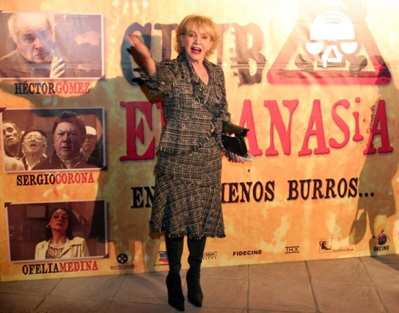 """La actriz mexicana participó en icónicas novelas como """"La Usurpadora"""" y """"Vivo por Elena"""", y se consolidó tanto al lado de grandes talentos en la televisión, el cine y en el teatro."""