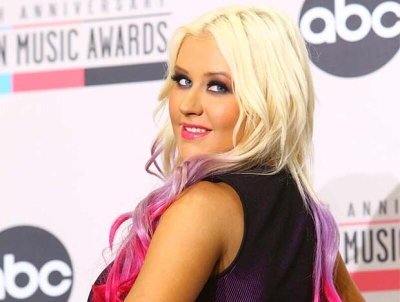 Tres millones de dólares ofrecieron a la cantante para ser imagen oficial de un sitio para encontrar pareja.