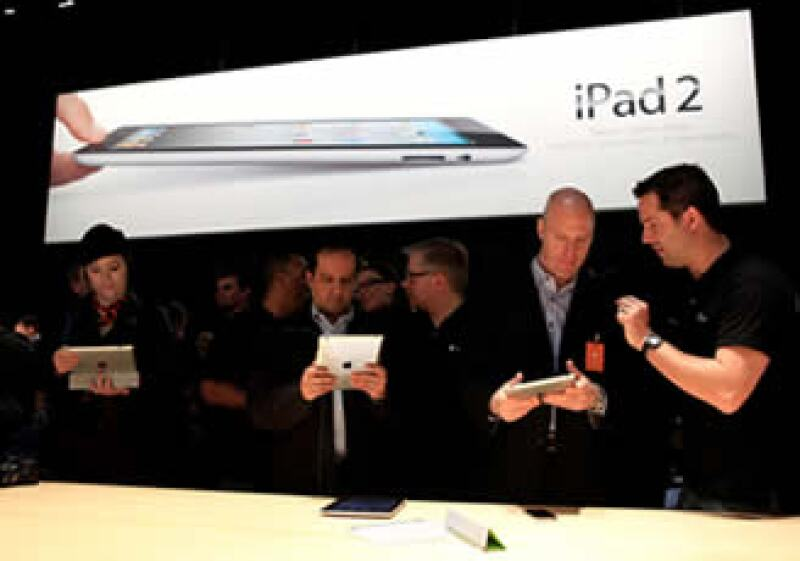 La iPad 2 superó el millón de unidades comercializadas durante su primer fin de semana a la venta en Estados Unidos. (Foto: Reuters)
