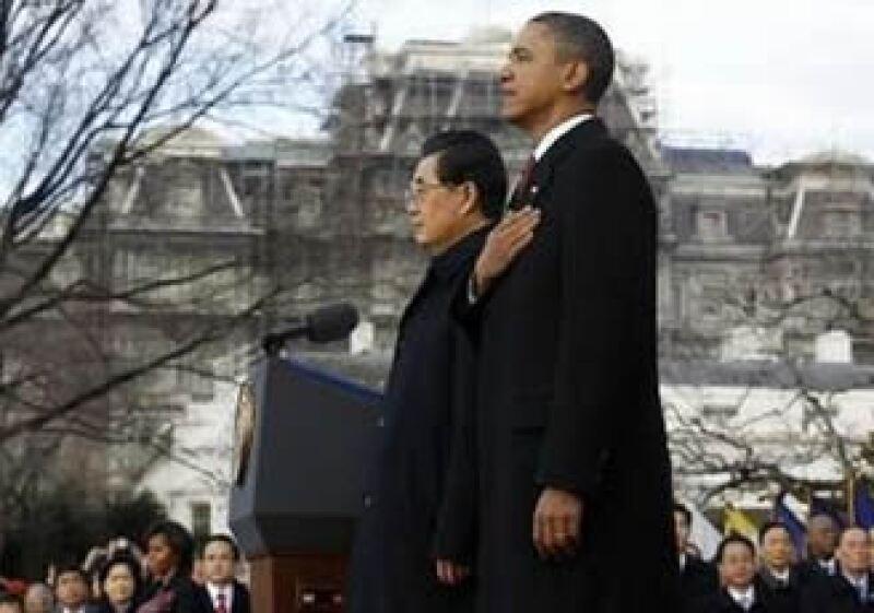 La ceremonia para recibir a Hu Jintao incluyó la entonación de los himnos de China y EU. (Foto: Reuters)