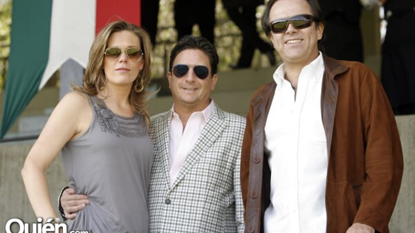 Cristina Camargo,Chema Funtanet,Carlos Pruneda