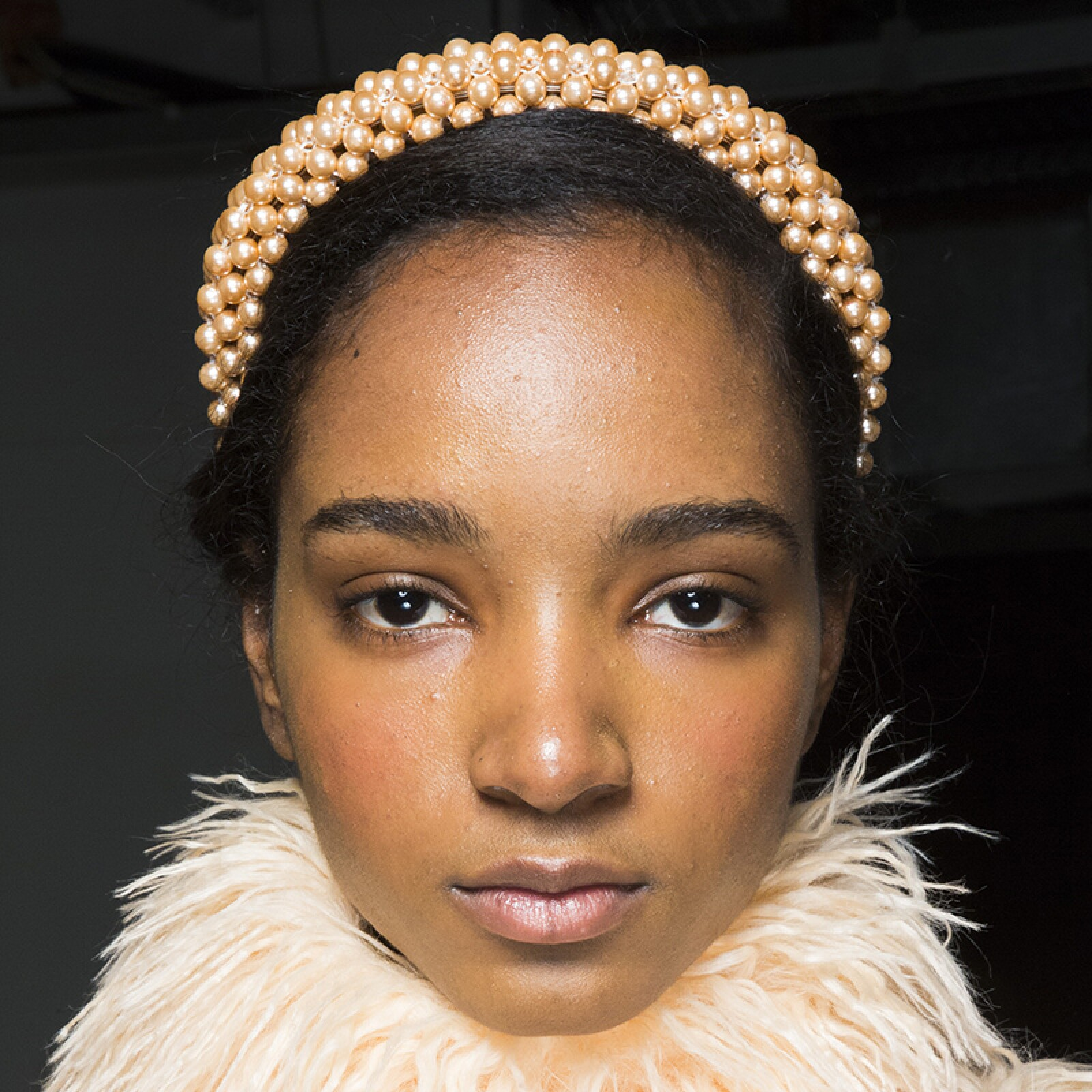 lfw-fashion-week-runway-beauty-looks-maquillaje-shrimps