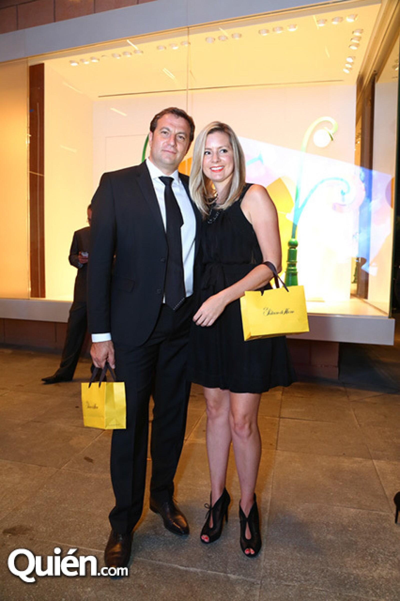 Stephan Fernández y Ana Preston