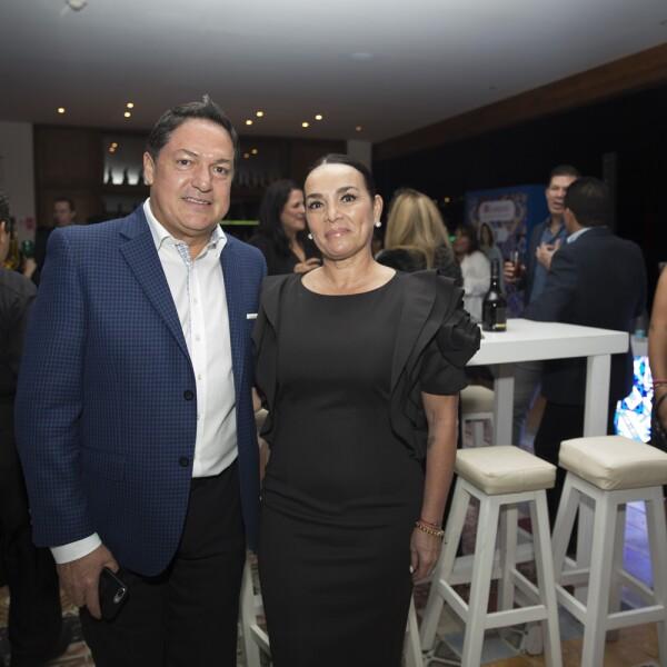 Alfredo Rentería y Miriam Bejos.jpg