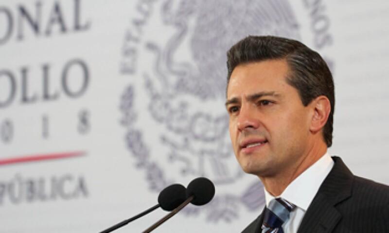 Enrique Peña Nieto envió al Senado de la República la Estrategia Nacional de Energía 2013-2027. (Foto: Notimex)