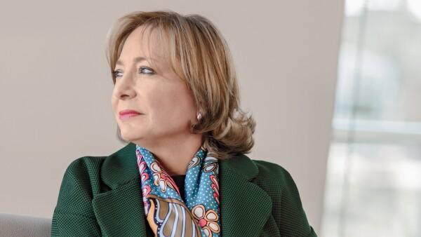 Paula Santilli.