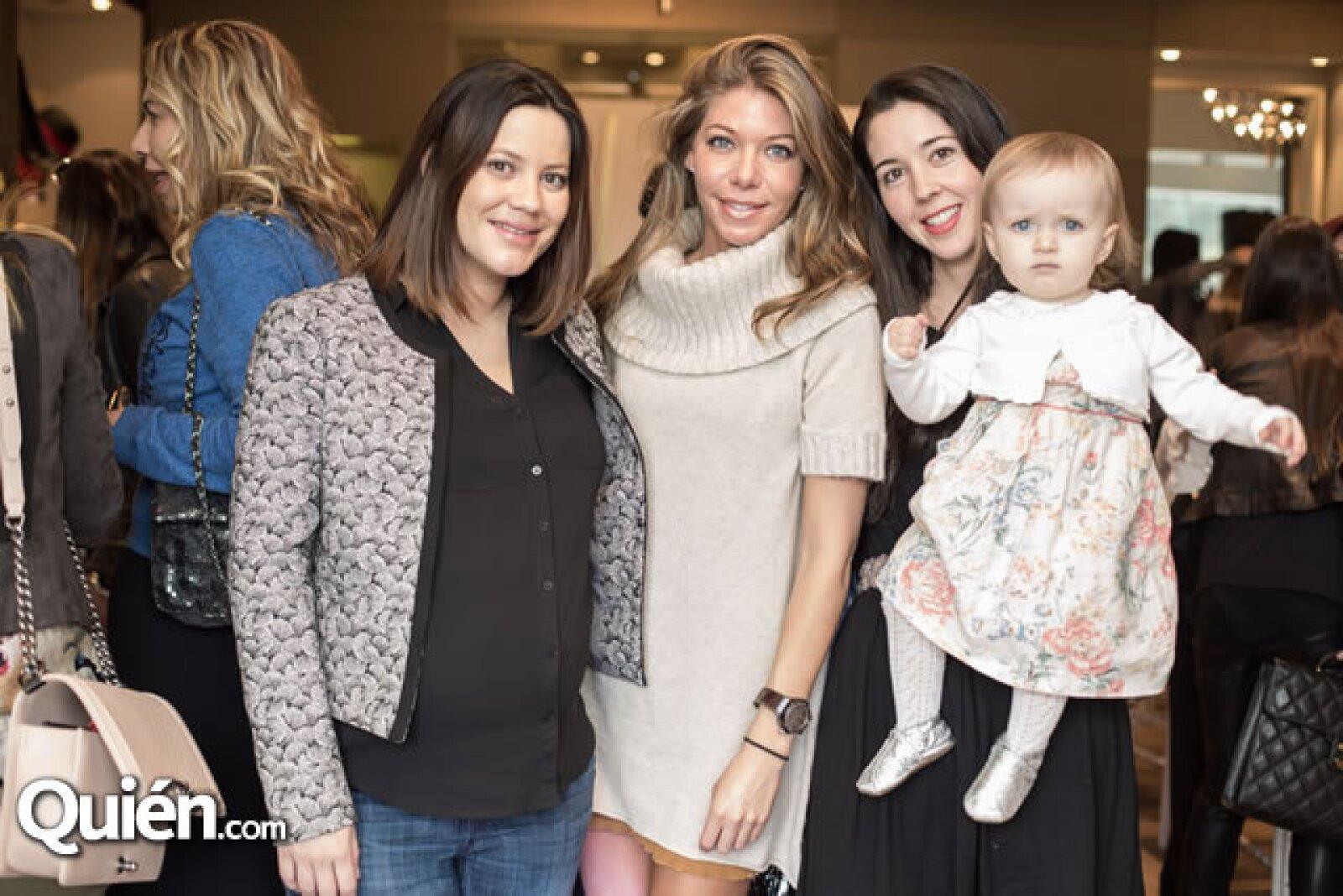 Mariana Gangoiti,Paola Henaine,Giovanna Acha,María Lucia