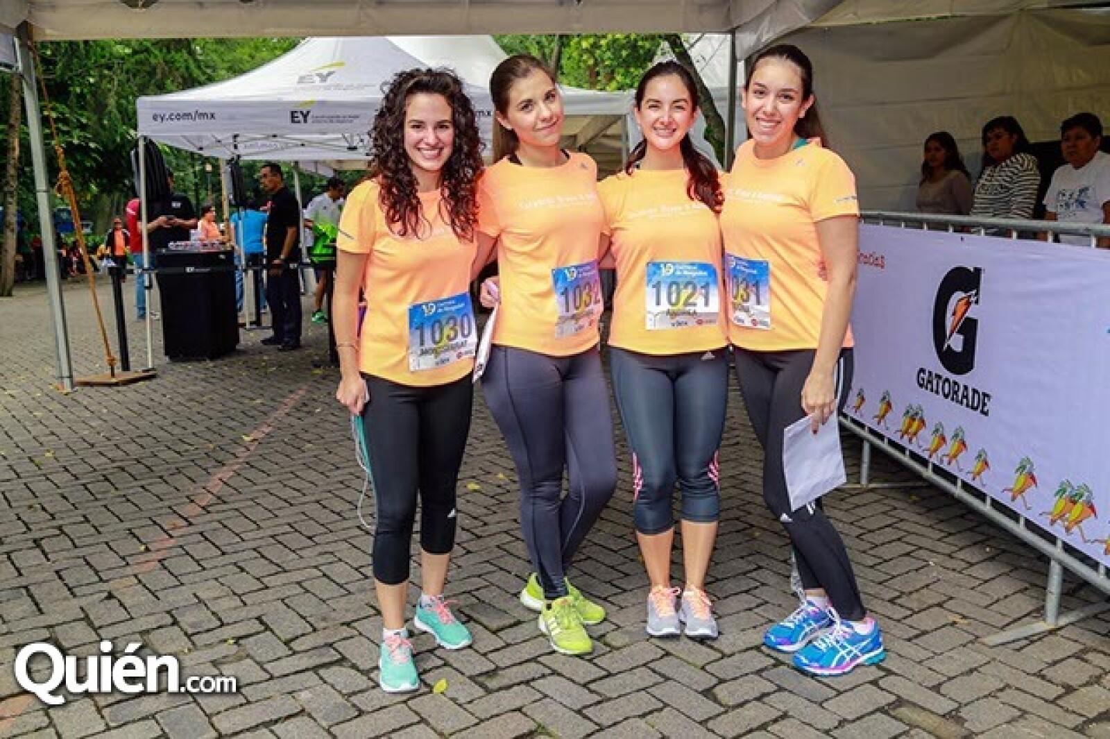 Montse Tapia,Rossana González,Andrea Trejo,Regina Figueroa y Melissa Ortega