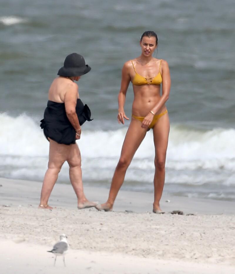 La modelo rusa ha conocido a la madre de su actual pareja durante una visita a Nueva Jersey en la que se le ha visto comiendo helado y cenando junto a su futura suegra.