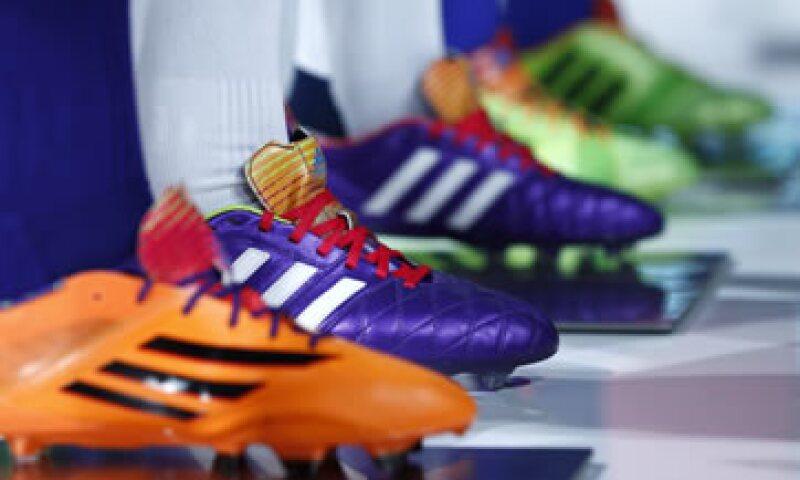 Adidas espera que las ventas crezcan en casi la mitad a 24,000 millones de dólares al 2020. (Foto: Reuters )