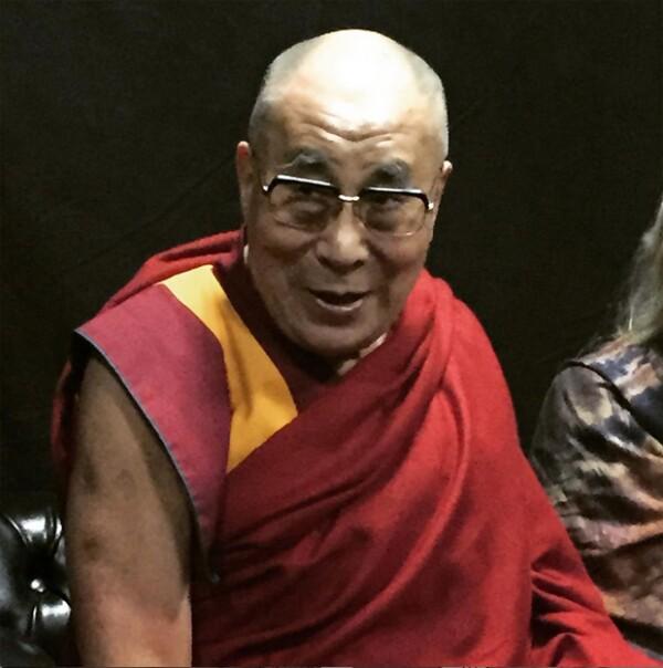 La actriz Melanie Griffith le tomó esta imagen al Dalái Lama en su cumpleaños.