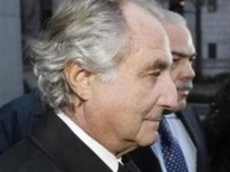 Bernard Madoff es acusado de realiza uno de los fraudes financieros más grandes en la historia. (Foto: Reuters)