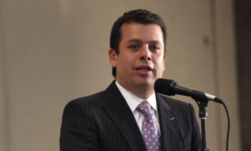 El consejero jurídico de Presidencia, Humberto Castillejos, dijo que definir la preponderancia por servicio violaría el artículo 28 de la reforma constitucional en la materia. (Foto: Notimex)