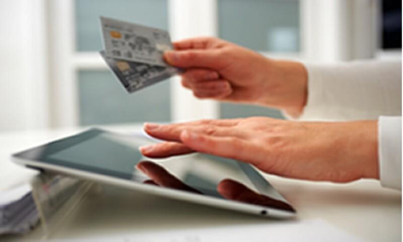 Comprar por internet puede ser una opción si quieres ahorrar algo más que dinero. (Foto: Getty Images)