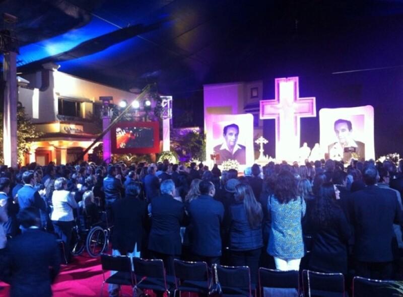 Así decoraron el altar en honor a Roberto Gómez Bolaños.