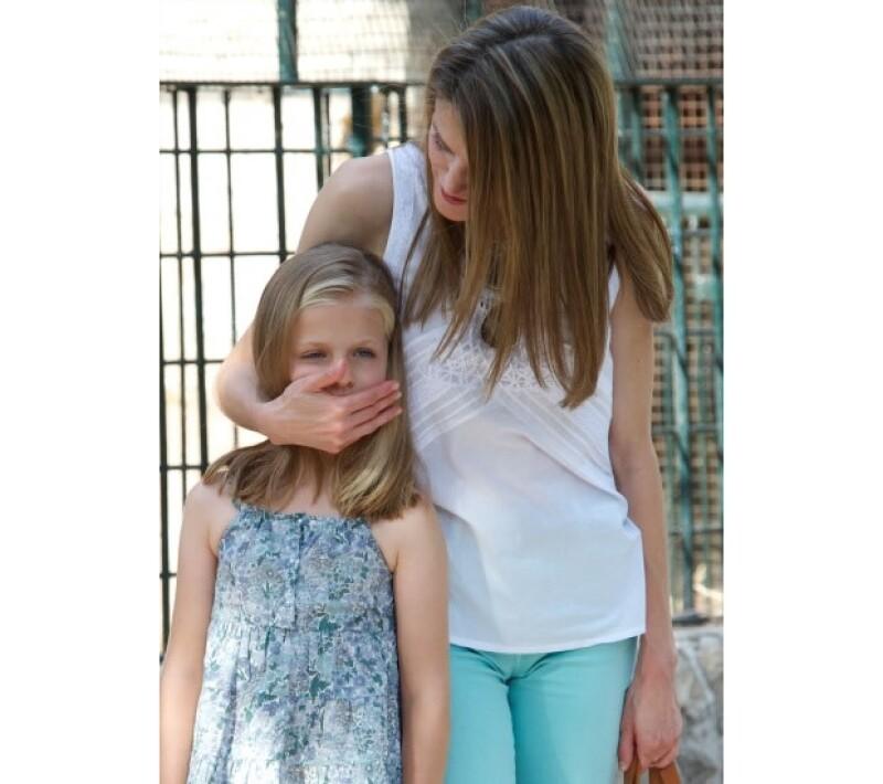 La Princesa Letizia, madre de la futura reina de España Leonor de Borbón, es muy demandante. Tanto la heredera como su hermana Sofía reciben una estricta educación.