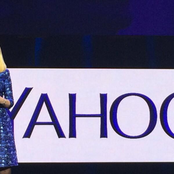 Yahoo lanzó cuatro nuevos servicios, todos ellos enfocados en mejorar la vida del usuario que consume contenido en su teléfono inteligente, anunció la presidenta ejecutiva de la compañía, Marissa Mayer.