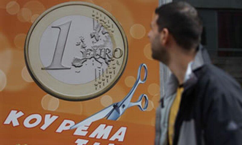 El FMI aseguró que subestimó el daño hecho a la economía de Grecia por los recortes enlos gastos y alzas impositivas. (Foto: AP)