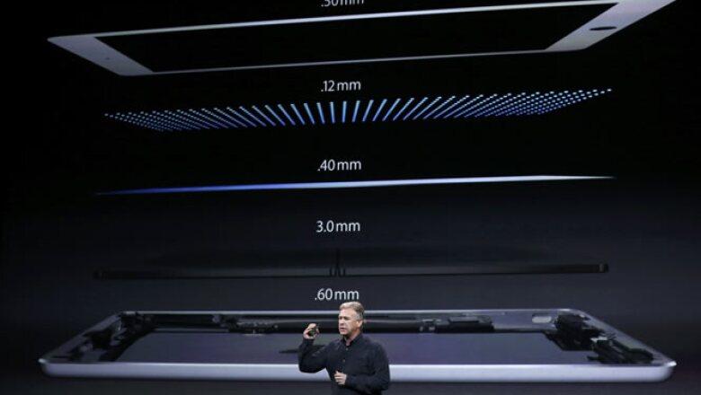 La empresa presumió que su nueva tableta es más delgada que sus antecesoras.