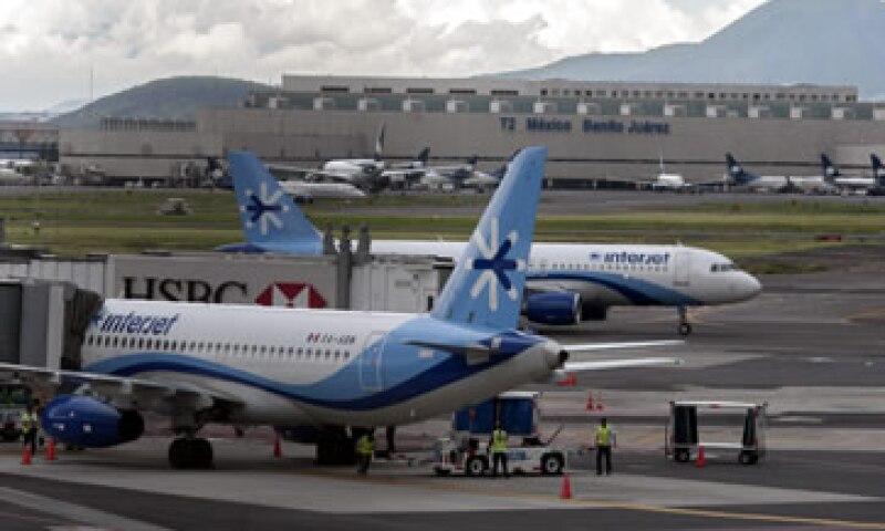 El aeropuerto capitalino ha dicho en varias ocasiones que su capacidad está por llegar al límite. (Foto: Cuartoscuro)