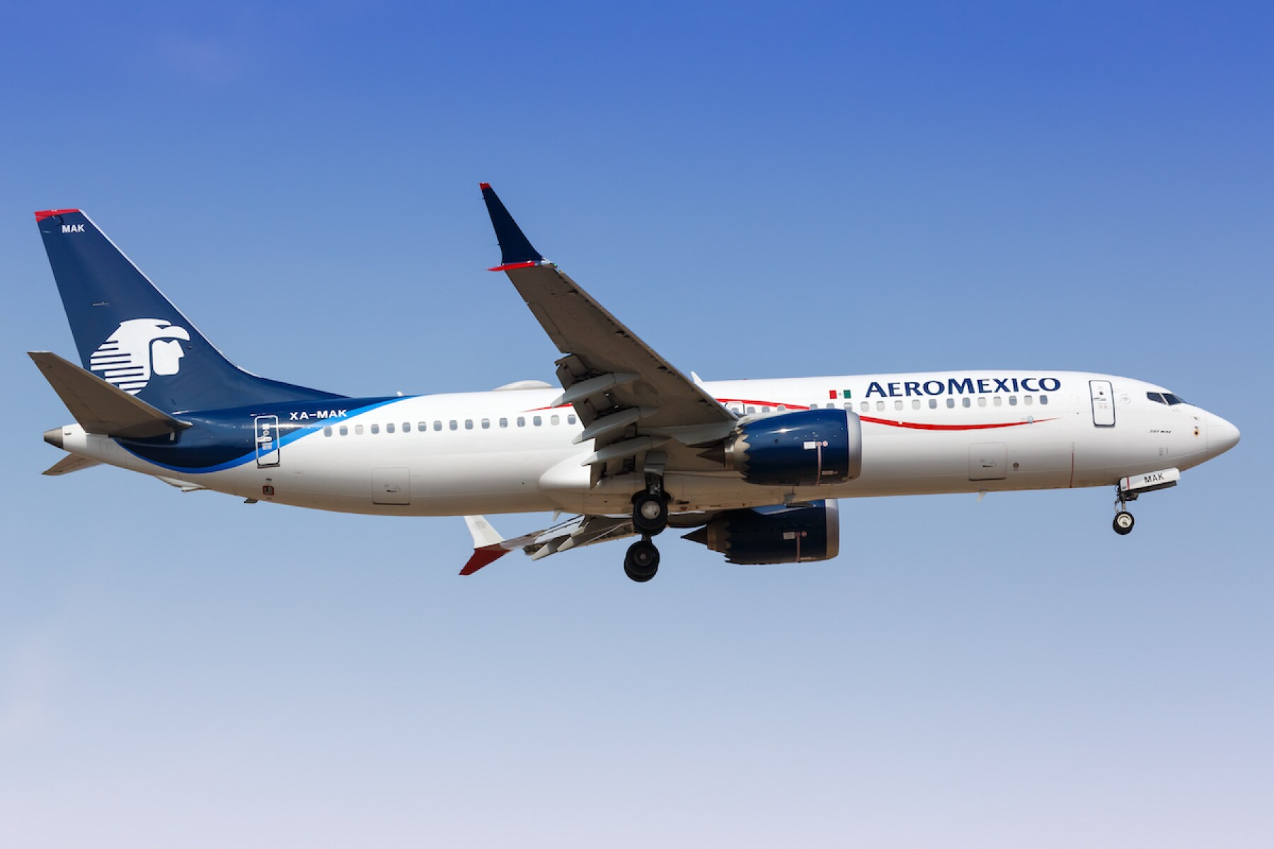 AeroMexico Boeing 737-8 MAX airplane