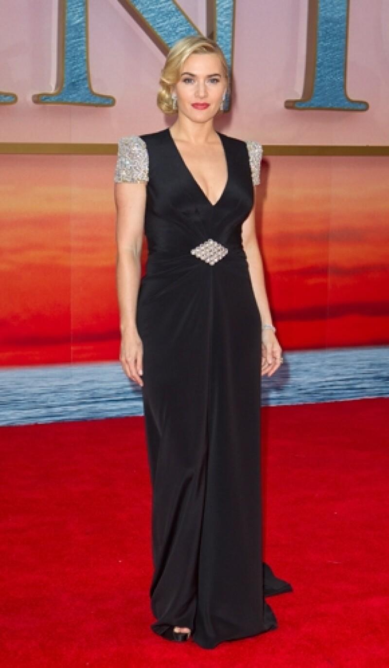 Kate Winslet celebra el 15 aniversario de Titanic, con el reestreno de la cinta en 3D. (Foto: AP