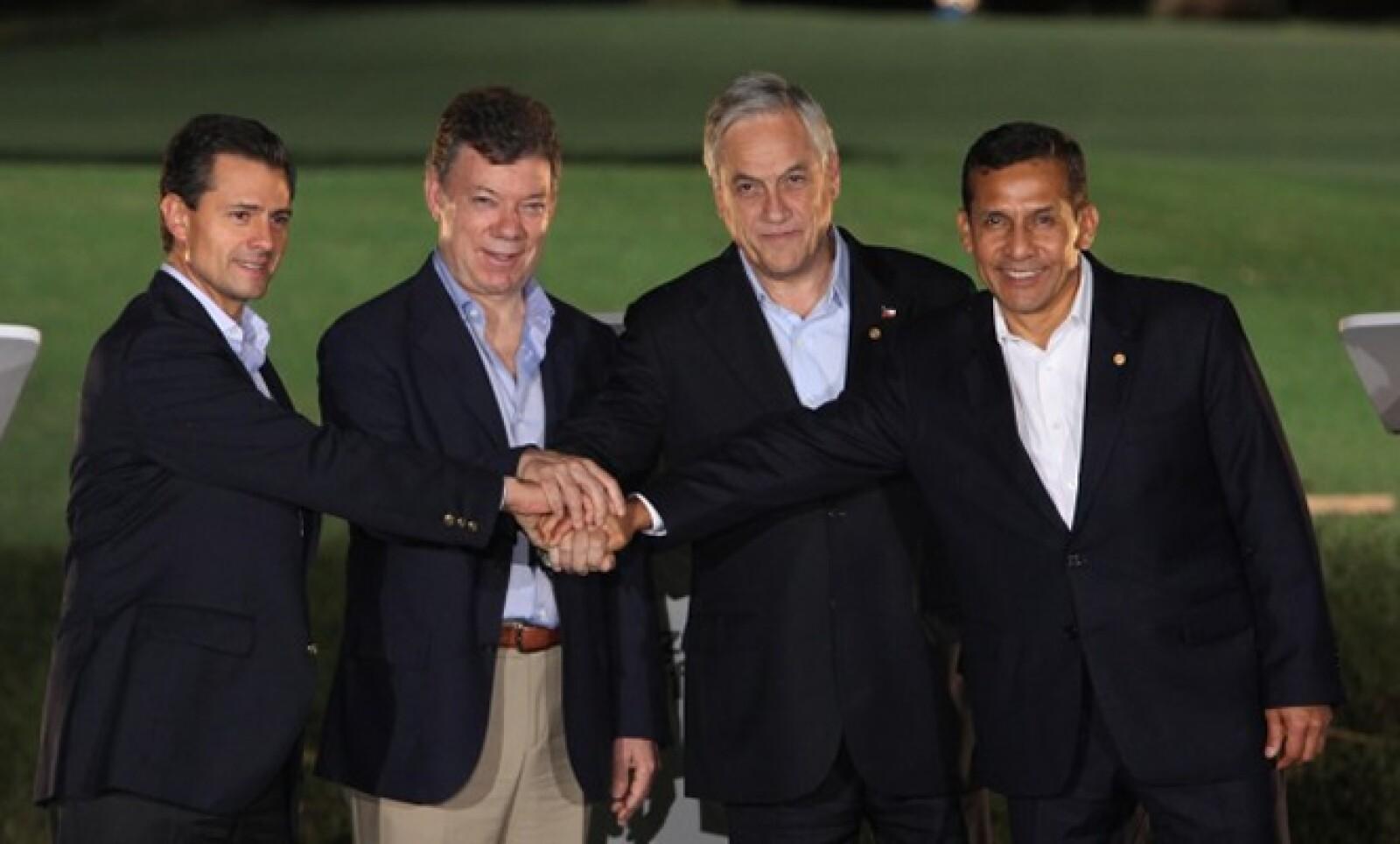 El 22 de mayo, el Enrique Peña arribó a Cali para participar en la séptima Cumbre de la Alianza del Pacífico (integrada por México, Colombia, Chile y Perú).