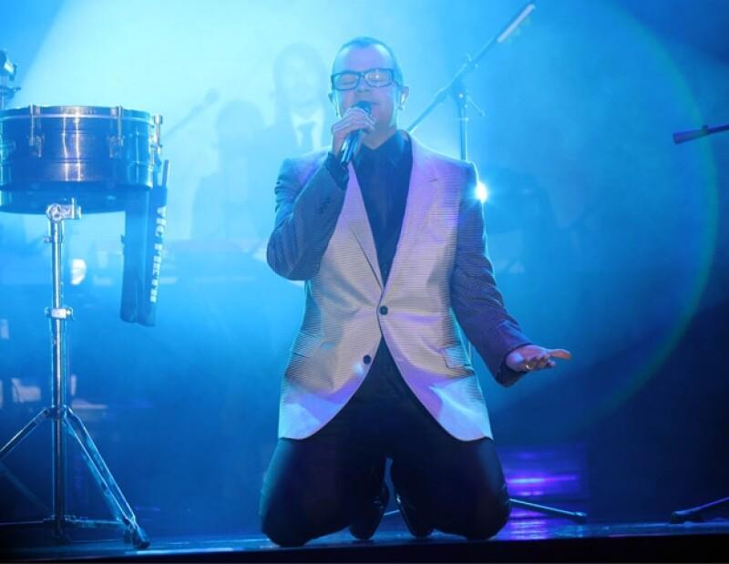 Syntek ofreció un concierto la noche de ayer en un importante centro de convenciones del sur de la Ciudad de México.