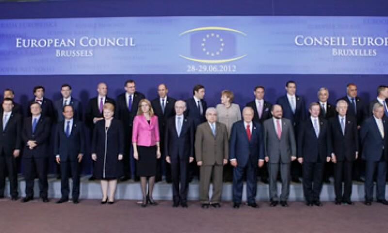 Los líderes europeos aprobaron que el BCE  supervise todas las entidades financieras de la zona del euro. (Foto: Reuters)