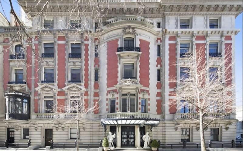 Con casi 2 mil metros cuadrados de extensión, la casa que data de principios del siglo pasado se encuentra en el Upper East Side.
